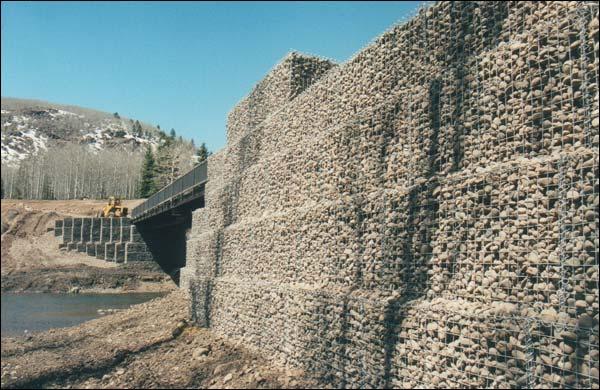 gabion cages, gabion baskets, gabion rock walls, gabion retaining walls, gabion stone
